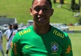 Corpo de goleiro morto em tragédia no CT do Flamengo é sepultado neste domingo (10)