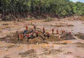 Bombeiros retomam buscas por desaparecidos da tragédia de Brumadinho