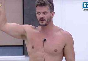 Marcos critica Globo e grita por Emilly em 'A Fazenda'