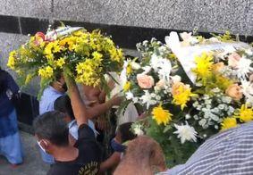 Vítimas foram sepultadas neste sabado