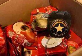 Quase 100 kg de cocaína são encontrados em pacotes de café, em aeroporto