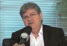 """Para João Azevêdo, Cássio Cunha Lima é o """"Aécio Neves da Paraíba"""""""