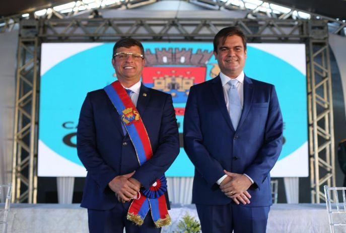Vítor Hugo e Emerson Lucena tomam posse como prefeito e vice-prefeito em  Cabedelo - Portal T5