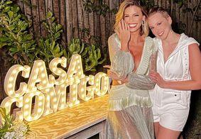 Vitória Strada e Marcella Rica ficam noivas