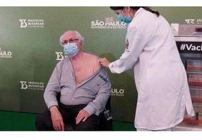 Primeiro paraibano vacinado contra covid-19