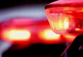 Homem é preso após ameaçar e agredir mãe e irmã, no Brejo paraibano