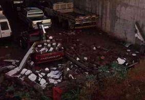 Chuva intensa traz alegria a moradores e causa transtornos a lojistas em Monteiro, na PB