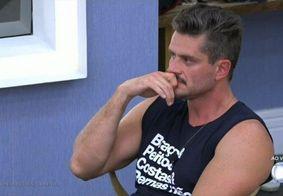 """Ex-BBB insinua que Marcos Harter é gay: """"Cada um tira sua conclusão"""""""