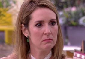 Jornalista chora ao contar que perdeu filho no 7º mês de gravidez