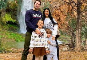 Simaria, o marido e filhos