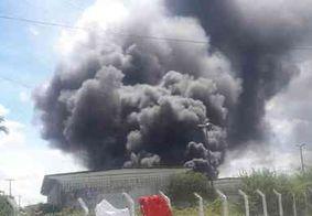 Incêndio atinge fábrica de reciclagem em Puxinanã