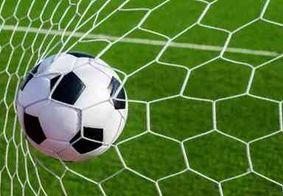 Liverpool derrota o Newcastle e é consagrado campeão da Premier League com campanha histórica