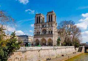 Catedral de Notre-Dame ficou famosa por livro de Victor Hugo e filme da Disney