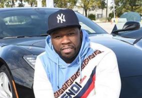 50 Cent decora árvore de Natal com sapatos da ex-namorada; veja foto