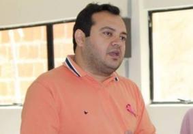 Justiça concede liberdade para prefeito e irmão suspeitos de exigir propina