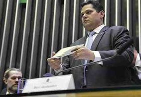 Alcolumbre devolve ao Planalto MP sobre escolha de reitor na pandemia