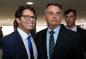 """""""Bolsonaro é o líder mais importante do mundo"""", diz Mário Frias"""