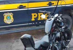 PRF recupera moto de luxo roubada durante fiscalização na Paraíba