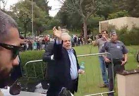 Após último adeus ao neto, ex-presidente Lula retorna para sede da PF, em Curitiba