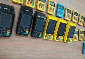 Dupla suspeita de aplicar golpes é presa com 22 máquinas de cartão na PB