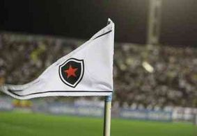 Você viu? Botafogo renova contra do meia Clayton