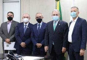 Cícero se reúne com ministro da Saúde e discute enfrentamento à covid