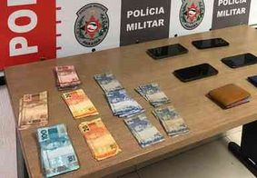 Suspeitos de assaltos são presos com celulares e mais de R$ 2 mil
