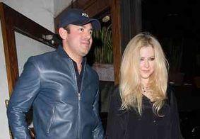 Avril Lavigne termina namoro com bilionário Phillip Sarofim, diz revista