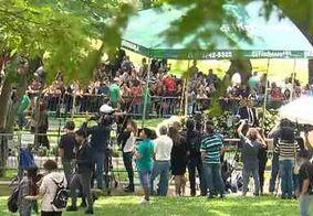 Cerca de 10 mil pessoas foram ao velório e 2 mil acompanharam o enterro de Gugu