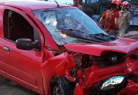 Quatro pessoas ficam feridas em acidente na BR-230