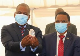 Terceiro maior diamante do mundo é descoberto África
