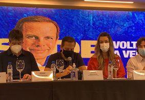 João Dória acompanhado pelos deputados Ruy Caneiro, Camila Toscano e Pedro Cunha Lima.