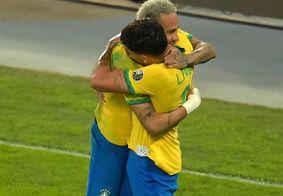 Comemoração entre Lucas Paquetá e Neymar
