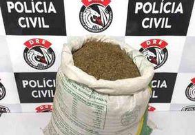 Dupla é presa com arma e 15 Kg de maconha na zona rural de Campina Grande