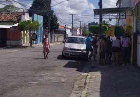 Vídeo: vendedor de frutas é agredido por agentes da Sedurb no Róger, dizem testemunhas