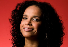 Ao vivo: Acompanhe a Live da cantora Teresa Cristina