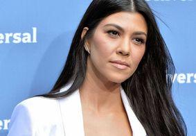 Conheça o truque de beleza de Kourtney Kardashian que chocou os fãs