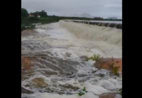 VÍDEO | Chuvas aumentam níveis de barragens no Sertão da Paraíba