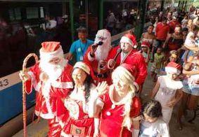 Papai Noel desembarca em estação de trem de João Pessoa nesta quarta-feira (18)
