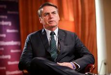 """""""Não sei se vou disputar as eleições do ano que vem"""", diz Bolsonaro"""