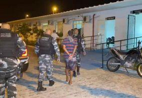 Suspeitos foram encaminhados à Central de Polícia