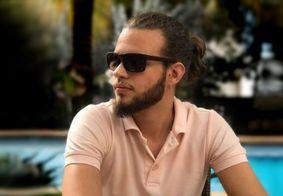 Ibama multa, em R$ 61 mil, estudante de veterinária picado por Naja