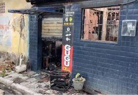 Incêndio destrói casa e loja de celulares e deixa um ferido na grande João Pessoa