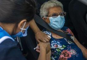 João Pessoa vacinou quase 2,5 mil idosos contra a Covid-19 nesta quinta-feira (11)