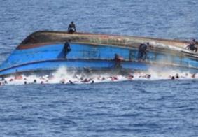 Após naufrágio, 44 pessoas são resgatadas a 30 quilômetros do litoral grego