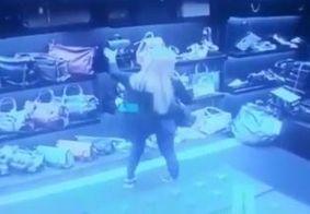 Câmera de segurança flagra socialite carioca furtando bolsa em loja de luxo