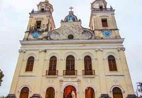 Moradores de rua vão 'lavar os pés' durante missa na Catedral