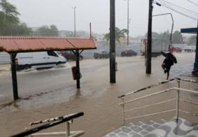 Sob alerta, João Pessoa deve receber fortes chuvas neste domingo (16)