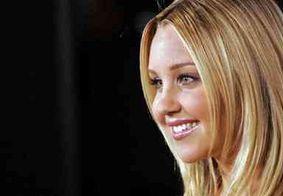 Juiz ordena que Amanda Bynes seja internada em clínica de saúde mental