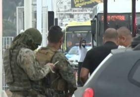 Câmera mostra exato momento em que sequestrador é atingido por atirador de elite no RJ; veja